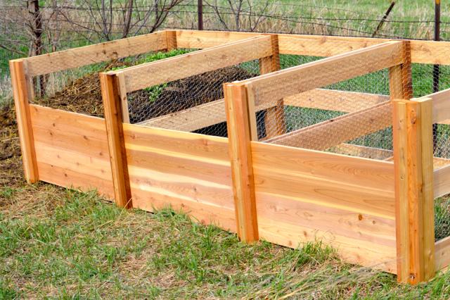Cedar compost bins NewlyWoodwards2