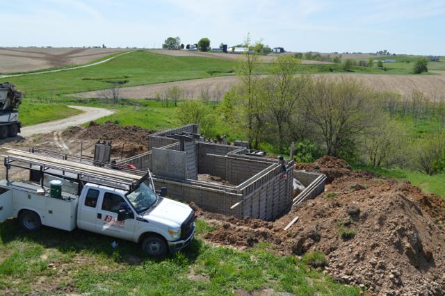 basement building progress newlywoodwards1