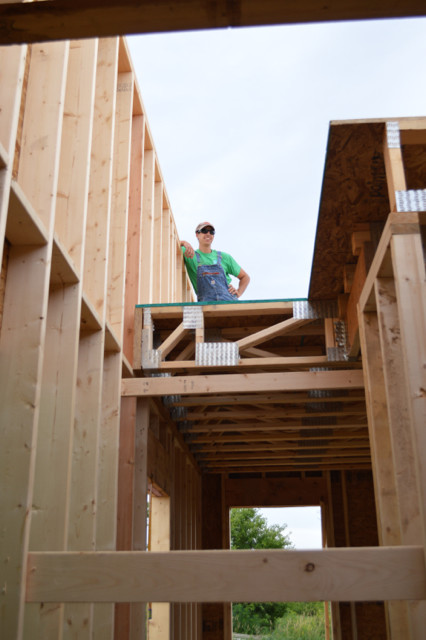Raising walls and floor trusses21