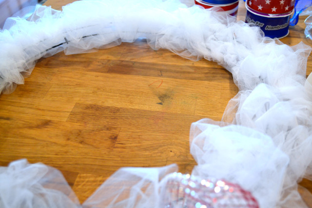 Cubs cardinals DIY wreath2