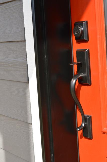Barn red door NewlyWoodwards1