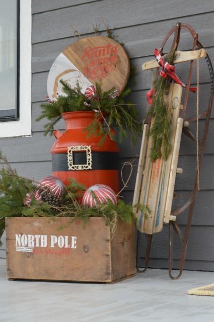 Santa front porch display