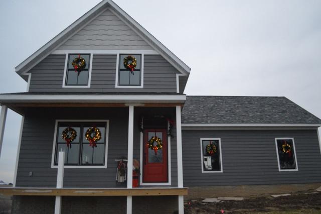 wreaths on windows6