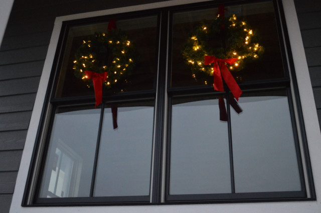 wreaths on windows8