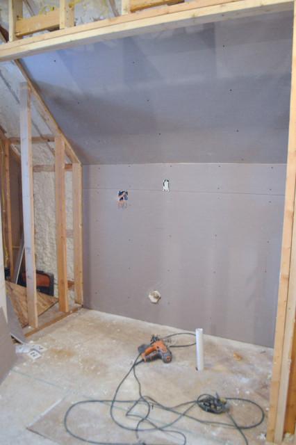 hanging plaster board DIY17