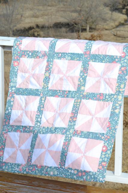 Pinwheel quilt2