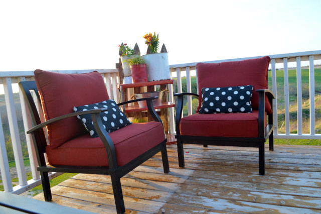 red and black patio furniture conversation set04