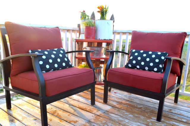 red and black patio furniture conversation set07