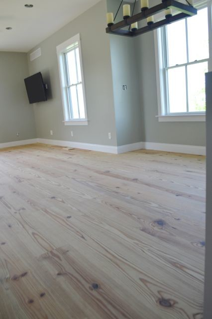Yellow pine floors finished with tung oil10