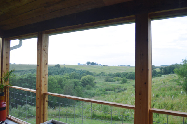 DIY screened porch with cedar and barnwood12