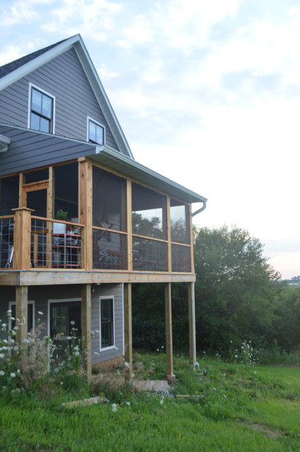 DIY screened porch with cedar and barnwood15