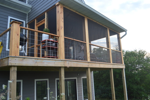 DIY screened porch with cedar and barnwood19