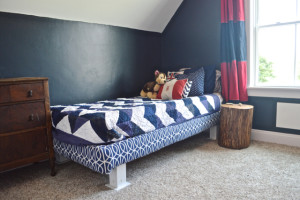 A boy's room in navy and red