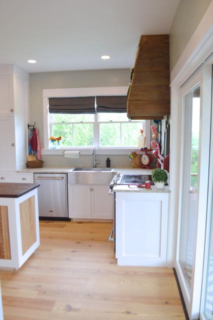 White kitchen cabinets design 04