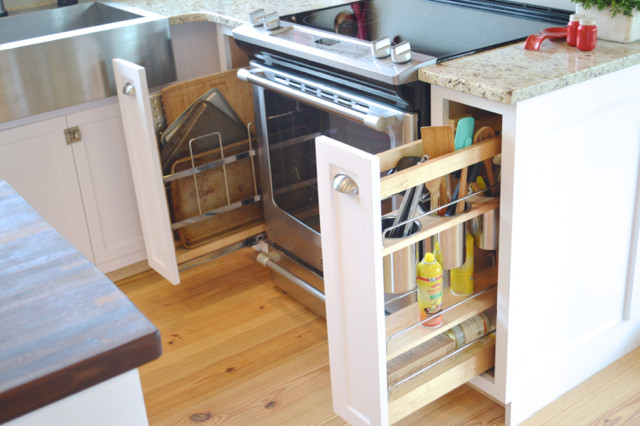 white pullout cabinet organizers1