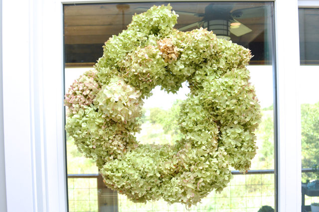 Make a DIY hydrangea wreath for $4