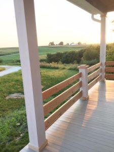 Horizontal railings on the porch
