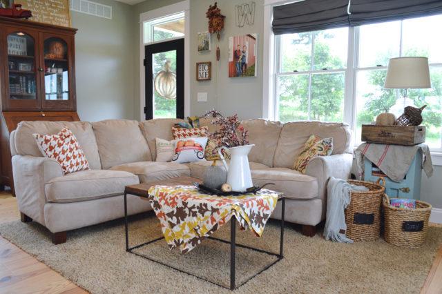 living-room-fall-decor-inspiration02