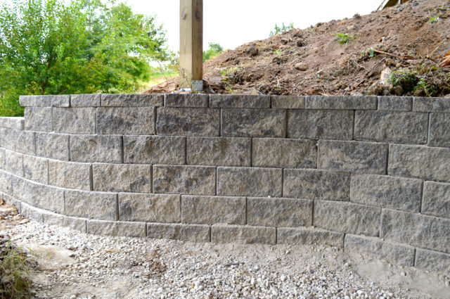 building-a-retaining-wall1