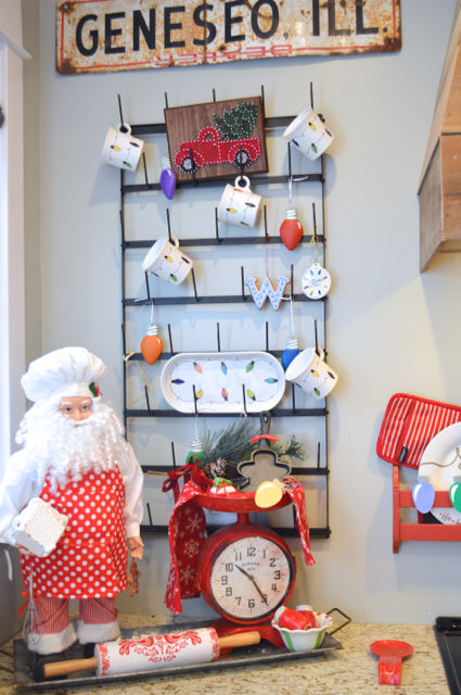 merry-and-bright-kitchen-christmas-decor09