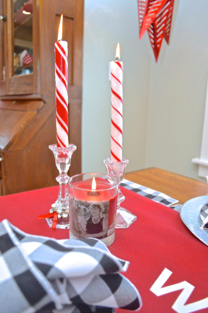 christmas-red-dining-room-decor11