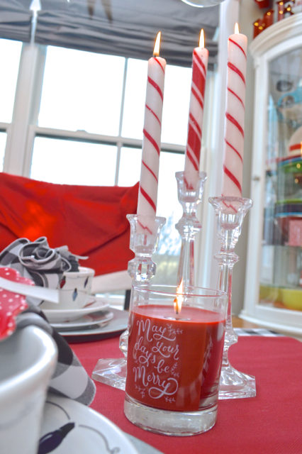 christmas-red-dining-room-decor12
