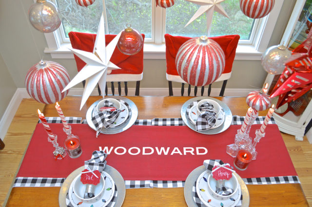 christmas-red-dining-room-decor13