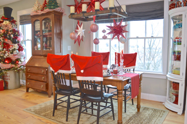 christmas-red-dining-room-decor15