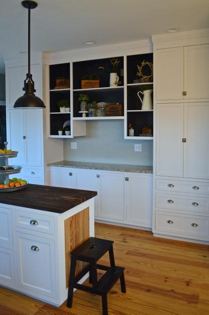 organizing-paperwork-in-the-kitchen1