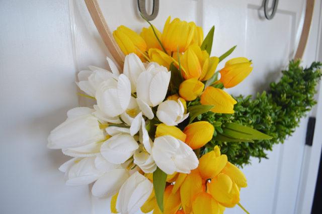 hoop wreath with tulips1