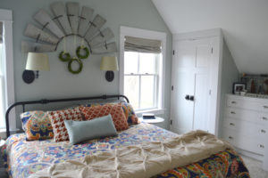 Playing with pattern mixing in the master bedroom
