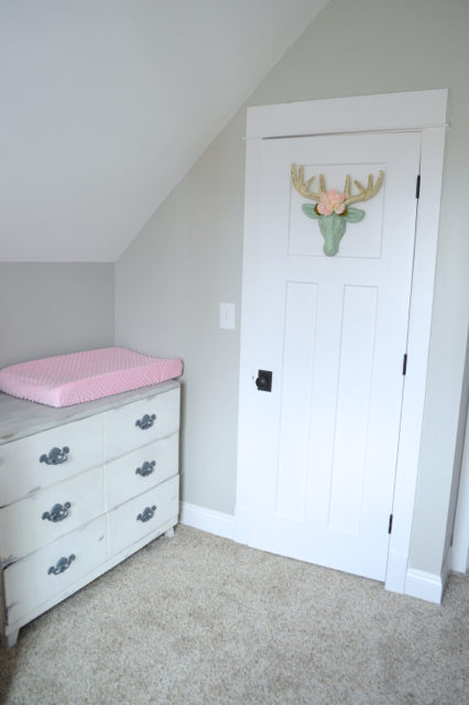 How To Organize A Small Closet On A Budget Newlywoodwards