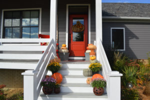 Fall porch inspiration with Lowe's