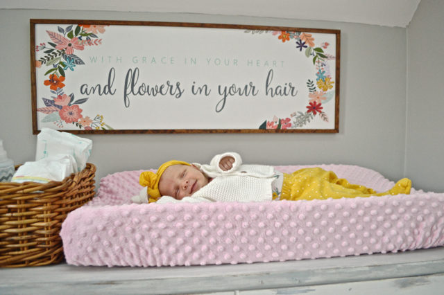A pretty and practical changing table - inspiration for a small nursery